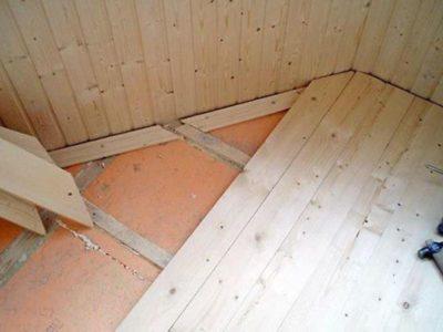 Укладка деревянного пола на балконе