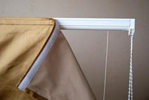 Карниз для римских штор из плотной ткани