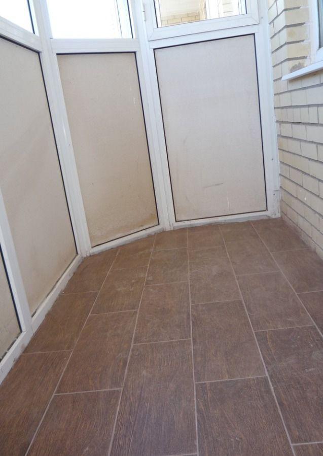 Плиточный пол на балконе и в лоджии