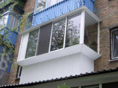 Пластиковые балконы наиболее популярны в современный период.