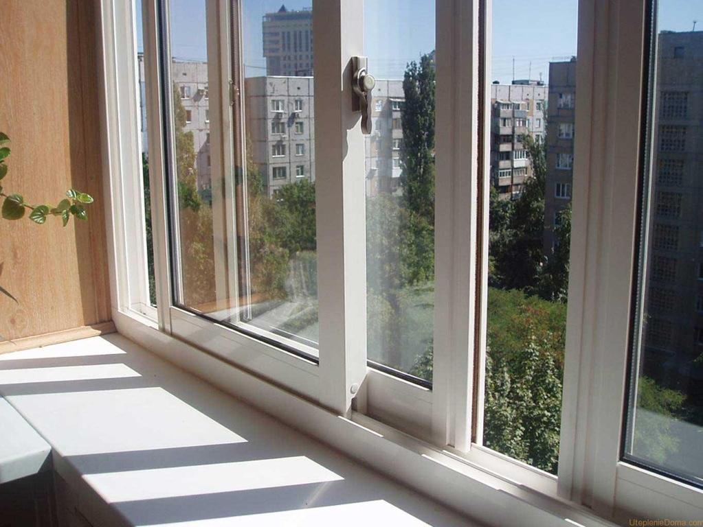 Балкон остеклённый алюминиевым профилем